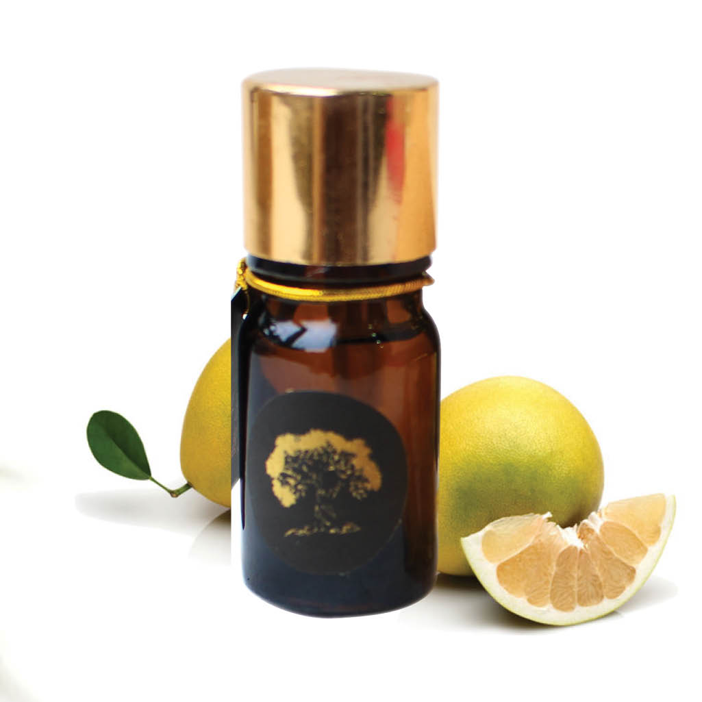 Essential pomelo oil